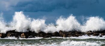 Photography Of Waves Crashing