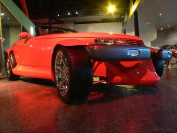 Plymouth Prowler 2001.