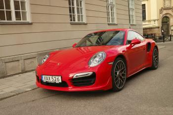 PORSCHE 911 TURBO 2015 in Falun