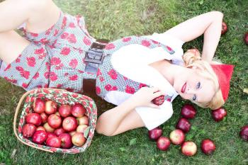 Pose With Apples