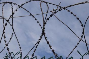 Prison barbwire