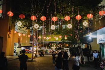 Red and White Jack-o-lanterns