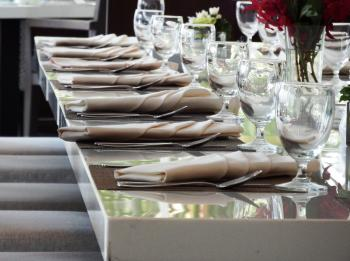 Restaurant Fine Dining Table