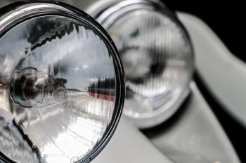 Round car Lights