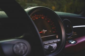 Round Car Speedometer