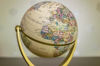 Round Globe