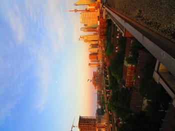 Scanning Toronto skyline, at dawn, 2017 06 12 C -ac