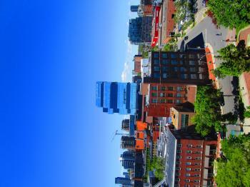 Scanning Toronto skyline D 2017 06 07 -f