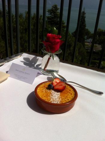 Scrumptious breakfast of Hotel Paris