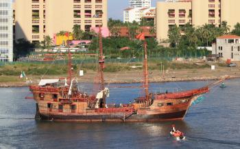 Ships off Baja