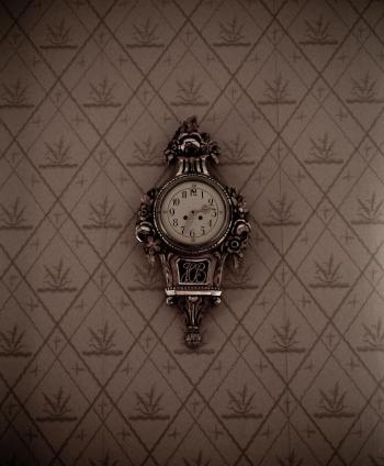 Silver Framed Analog Wall Clock