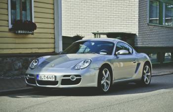 Silver Porsche Carrera Coupe