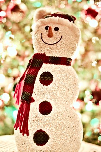 Snowman Wearing Scarf Led Lamp