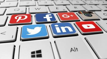 Social media networks on the computer keyboard