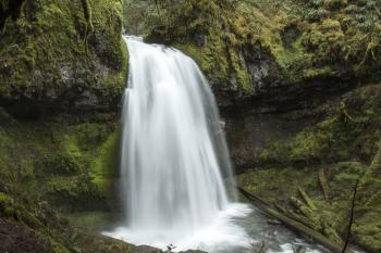 Spirit Falls waterfall, Oregon