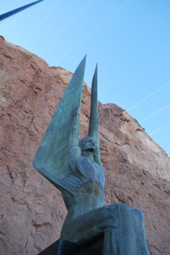 Statue at Hoover dam dedication