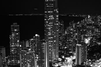 Surfers Paradise at night