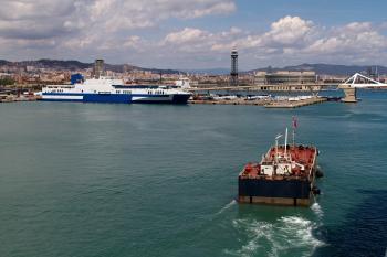 Tanker barge