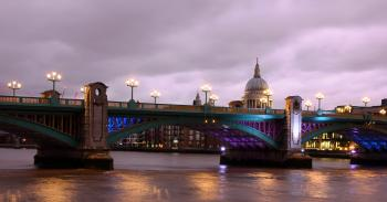 Towards st Paul's