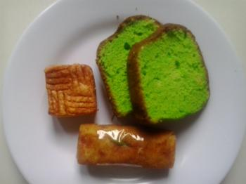 Traditional Snacks and Cakes