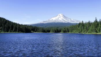 Trillium Lake, in summer, Oregon