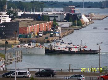 Tug and notch barge, -h.jpg
