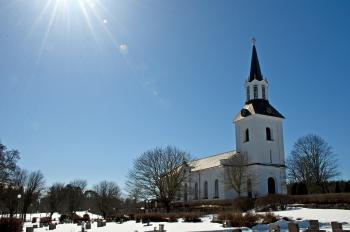 Västlands Kyrka i Uppland