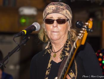 Veteran Blues Guitarist Debbie Davies