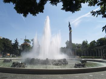 Vienna - Russian Memorial Statue