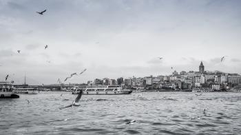 Vista del Cuerno de Oro desde el puente Gálata, Estambul.