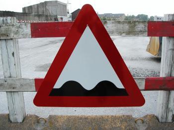Warning Sign - Bumpy Road