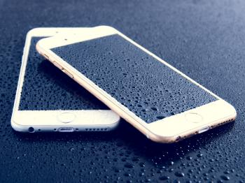 Water Drops on the Phone