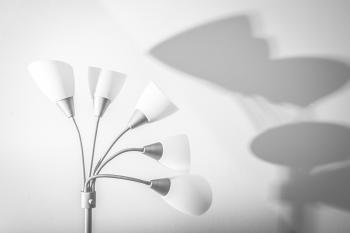 White 5-light Floor Lamp Near White Painted Wall