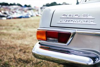 White Mercedes Benz 280 Sl Automatic