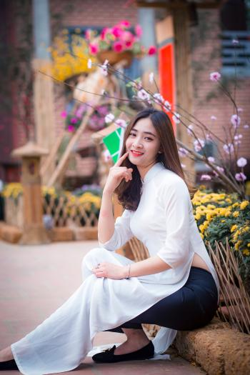 Women's White 3/4-sleeved Dress