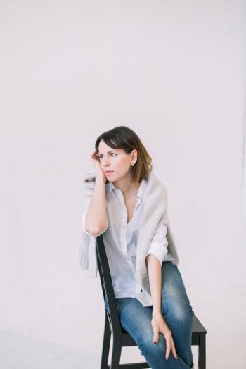 Women's White Button-up Shirt