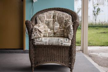 Woven wood luxury chair