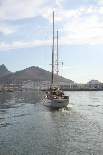 Yacht in Table Bay