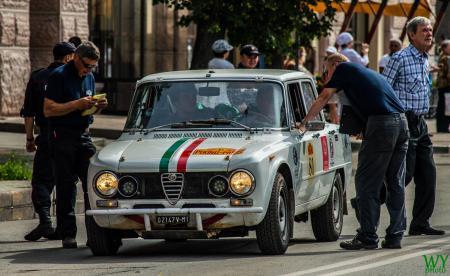 1973 Alfa Romeo Giulia SuperBerlina - Francesco Guasti & Alessandro Guasti