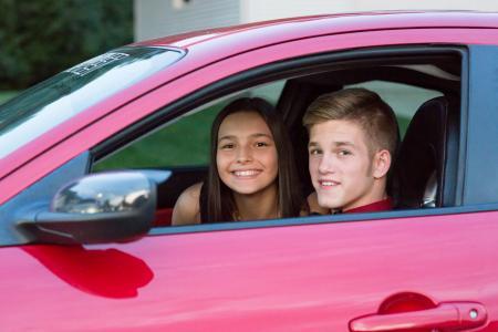 _MG_6451 Jacey & Josh in car
