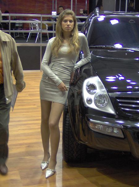 A pretty girl and a Rexton