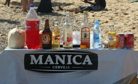 Alcoholic beverages on the beach