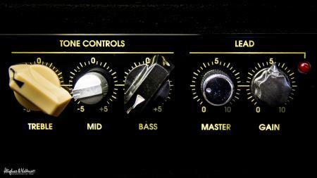 Amplifier buttons