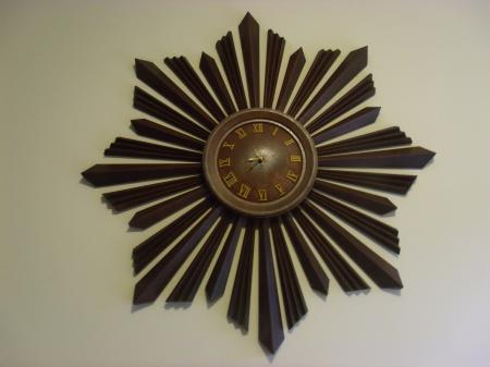Antique Starburst Clock