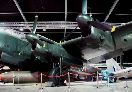 Avro Lancaster Bomber (13)