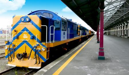 DJ Class Locomotive. Dunedin Station. NZ