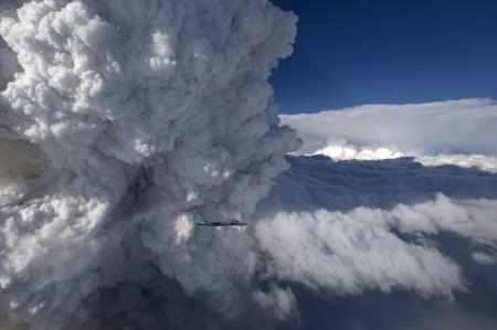 Giant Cloud