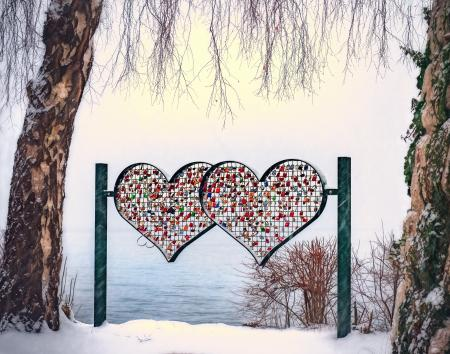 Heart-shape Multicolored Stand