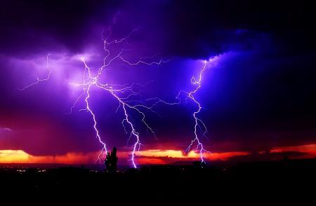 Lightning & Lighting