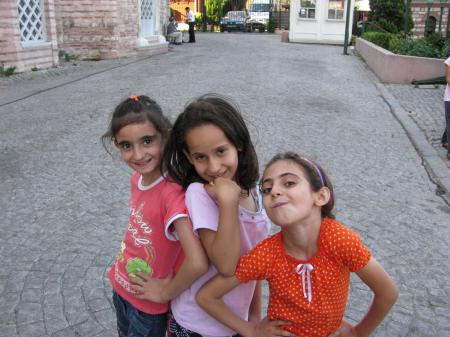 Litlle girs from Istanbul